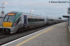 22004+22023 depart Portarlington, 27/12/18 (hurricanemk1c) Tags: railways railway train trains irish rail irishrail iarnród éireann iarnródéireann portarlington 2018 22000 rotem icr rok 3pce 22004 1310westportheuston