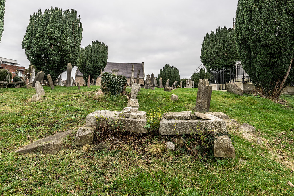 SAINT NAHI'S CHURCH [A VERY OLD CHURCH AND GRAVEYARD NEAR THE TRAM STOP IN DUNDRUM]-147326