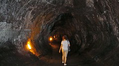 Thurston Lava Tube (Stabbur's Master) Tags: thurstonlavatube hawaii hawaiianislands bigisland hawaiivolcanoesnationalpark nationalpark usnationalpark lavatube nahuku