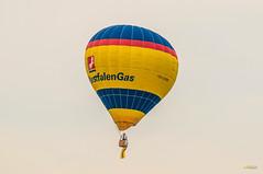 2013_Mongolfiade_Münster-5 (Joachim Spenrath Münster, Germany) Tags: outdoor air ballon ballonfahren ballooning borderfx europe germany glow illumination mongolfiade night nrw montgolfiade hot münster deutschland aasee