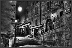 Streets of San Marino (Schnitzel_bank) Tags: sanmarino rsm nachtaufnahme eos60d canon hdr longexposure nightphotography old town architektur night light illumination nacht notte