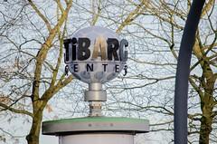 Tibarg-Center, Werbe-Standuhr, Niendorf, Hamburg (bjoernpasold) Tags: standuhr werbung logo hamburg einkaufen shopping einkaufszentrum tibarg