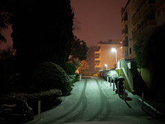 L'hiver est là (Dahrth) Tags: gf1 lumix20mm microquatretiers winter neige snow city ville nuit night