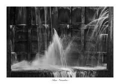 ECLUSE (DidLam69) Tags: ecluse eau porte canal canaldumidi nb noiretblanc blackandwhite bw eclaboussures