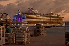 Symphony of the Seas (Basse911) Tags: symphonyoftheseas cruiseships beach evening philipsburg sxm stmaarten caribbean