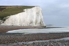 Eastbourne (mbphillips) Tags: eastbourne uk coastline beach greatbritain unitedkingdom britishisles 英国 英國 欧洲 歐洲 유럽 ヨーロッパ 영국 mbphillips europa reinounido 잉글랜드 英格兰 geotagged photojournalism photojournalist travel angleterre inglaterra イングランド 캐논 canoneos80d canon canon80d england english cliff whitecliff cuckmerehaven sevensistercountrypark sevensisterssussexeast sussex canonef50mmf18ii