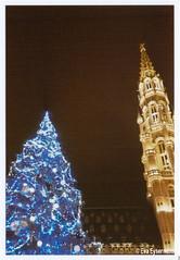 Christmas 2018 (Eva Eysermans) Tags: analog anologue film 35mm olympus superzoom 70g christmas brussels christmastree city hall dark