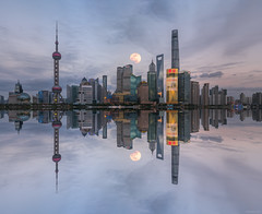 The Moon and The Pearl (ttarpd) Tags: republic china republicofchina world travel shanghai city cityscape oriental pearl tv tower huangpu river bund thebund reflection moon night sky lunar sunset sundown sundowner dusk twilight eventide moonrise