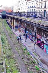 41 - Paris - Février 2019 - entre les rues Leibnitz à droite et Belliard à gauche - Copie (paspog) Tags: paris france février februar february 2019 rueleibnitz ruebreillard streetart tags graffitis mural murals fresques fresque