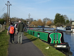 UK - Hertfordshire - Near Broxbourne - Walking along Lee Navigation past narrow boat (JulesFoto) Tags: uk england ramblers capitalwalkers hertfordshire broxbourne walking leenavigation