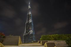 Die Treppen zum Burj Khalifa / The stairs to the Burj Khalifa (jörg opfermann) Tags: sony ilce 7m2 z batis 2818mm langzeitbelichtung longexposure dubai burjkhalifa