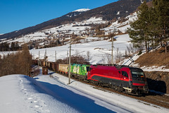 "1216 ""RailJet"" et 1016 ""Green Points"" (Maxime Espinoza) Tags: green points railjet obb 1216 020 1016 023 brenner taurus hiver neige autriche train zug machandise freight brennero"