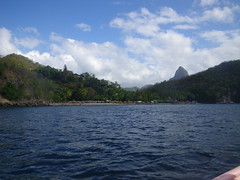Anse Chastanet - Soufriere, St Lucia (h_savill) Tags: 2019 february feb holiday travel vacation tourist trip explore worldwide st lucia caribbean antilles windward isle soufriere piton view landscape beach sea water marine anse chastanet ansechastanet sand ocean boat stlucia