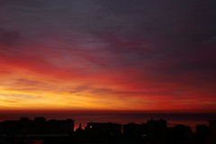 alba invernale (fotomie2009) Tags: dawn alba sky cielo clouds nuvole savona liguria italy italia ponente ligure silhouettes balcorama panorama scape sea mare paesaggio sunrise albeggiare