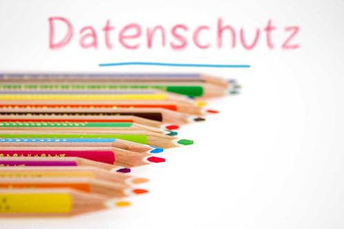 Datenschutz-hinter-Buntstifte