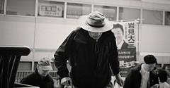 Heads down (Bill Morgan) Tags: fujifilm fuji xpro2 35mm f2 bw jpeg acros alienskin exposurex4
