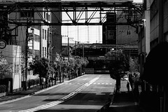 P4065017A Urban space (soyokazeojisan) Tags: japan osaka city street people bw blackandwhite monochrome digital olympus em1markⅱ 12100mm 2019