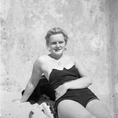 Shelagh Sheila Rose Jefferies What a beauty. Photo's by Alf Jefferies of his Wife (Photos by Alf Jefferies) Tags: preety shelagh sheila rose stunning woman photos by alf jefferies swimsuit dress pearl necklace twin set beauty mydadsoldphotos