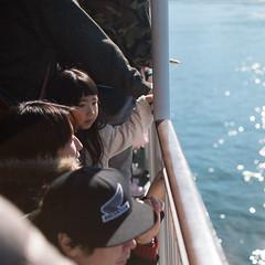 JR西日本宮島フェリー (宮島渡輪) (Ming Yam) Tags: hiroshima miyajima japan ferry 渡輪 宮島 廣島 日本 travel 2019 january carlzeiss 35mm ze35mm20 canoneos5dmarkii sunny goodday d distagon distagon35mm