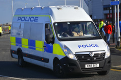 KM15 BKD (S11 AUN) Tags: durham constabulary vauxhall movano police cell cage station response van 999 emergency vehicle km15bkd