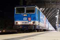371 001 in Dresden Hbf (_VT2E_) Tags: dh dresden hauptbahnhof hbf sachsen deutschland de cd knödelpresse ec eurocity zug eisenbahn bahnhof