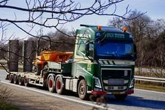 AJ47343 (18.04.06, Motorvej 501, Viby J)DSC_5032_Balancer (Lav Ulv) Tags: 245350 scttransport volvo volvofh fh500 green awfulphoto lowloader e5 euro5 6x4 2013 blokvogn dieplader tiefauflieger dumptruck truck truckphoto truckspotter traffic trafik verkehr cabover street road strasse vej commercialvehicles erhvervskøretøjer danmark denmark dänemark danishhauliers danskefirmaer danskevognmænd vehicle køretøj aarhus lkw lastbil lastvogn camion vehicule coe danemark danimarca lorry autocarra danoise vrachtwagen trækker hauler zugmaschine tractorunit tractor artic articulated semi sattelzug auflieger trailer sattelschlepper vogntog oplegger sættevogn motorway autobahn motorvej vibyj highway hiway autostrada