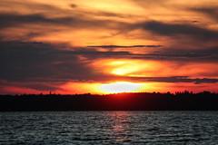 140-1 (Andre56154) Tags: schweden sweden sverige wasser water himmel sky wolke cloud sonne sun sonnenuntergang sunset see lake landschaft landscape ufer