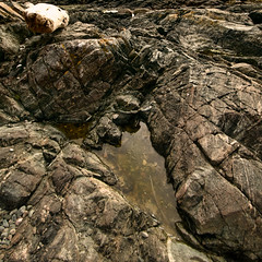 Basalt & Gneiss (johnscratchley) Tags: rocks basalt gneiss formations from last ice age