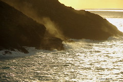 3KB12689a_C (Kernowfile) Tags: cornwall cornish sunsetlight cliffs botallack silversea glitteringsea sea waves rocks spray breakingwaves goldensun goldenspray pentaxforums