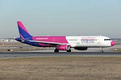 Wizz Air   A321-231(S)   HA-LXH (Globespotter) Tags: frankfurt main wizz air a321231s halxh