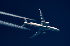 Aeromexico Boeing 787-900 XA-ADD (Thames Air) Tags: aeromexico boeing 787900 xaadd contrail telescope dobsonian contrails overhead vapour trail