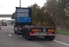 Krone Burg-Tankcontainerchassis - Koper, Slovenia (Celik Pictures) Tags: trucks lkw vrachtwagen camion lastbilar lastwagen lorry moving movingvehicles rijdendvoertuigen belgië belgium belgique belgiën belgie belgien seeninbelgium gezieninbelgië spottedinbelgium snelweg highway autobahn freeway e313 e313snelweg spottedate313snelweg a13 krone burgtankcontainerchassis koper slovenia kphm326 namelesstrucks truckswithnocompanyname particular randomtrucks