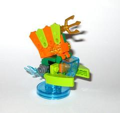 lego 71237 lego dimensions fun pack dc comics aquaman minifigure and aqua watercraft j (tjparkside) Tags: 71237 aquaman watercraft trident aqua seven seas speeder fire lego dimensions fun pack 3 1 minifigure minifigures misb 2016 videogame software dc comics