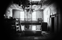 Inside the hole---------> (Sarah Rausch) Tags: 50mm 25 sony abandoned bw mono blackandwhite tennessee adams dilapidated