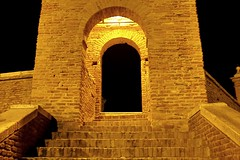 La porta sull'infinito... (giobertaskin) Tags: comacchio ponte pontepallotta trepponti infinito infinity infinitá porta arco chiavedivolta mattone laterizio scala scale step canon