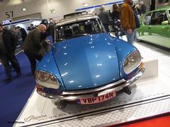 DS23 (BenGPhotos) Tags: 2019 london classic car show blue french 1974 citroen ds23 ds estate familiale vbp174n