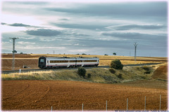 TRD en La Hiniesta (440_502) Tags: 594 014 trd tren regional diésel exprés grupo renfe operadora viajeros media distancia valladolid campo grande la hiniesta puebla de sanabria directo galicia