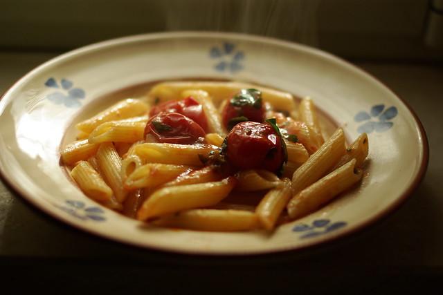 pennette al pomodoro (2)
