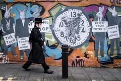 London 2019 (XBeauPhoto) Tags: fujx100f n16 stokenewington candid citylife hackney street streetphoto streetphotography streetart urbanart jewish unsuspecting environmental protest london