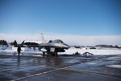 "U.S. Air Force leaders conduct a familiarization flight at Misawa Air Base, Japan (#PACOM) Tags: ""usindopacificcommand usindopacom"" staffsgtbachase usairforce photography photojournalist misawaairbase 35thfighterwing japan military f16 f16fightingfalcon nikon aomori jpn"