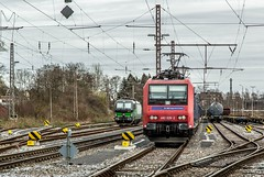 02_2019_03_12_Wanne-Eickel_Üwf_6193_736_ELOC_TXLOGISTIK_4482_026_&_031_SBBC_mit_Coilzug (ruhrpott.sprinter) Tags: ruhrpott sprinter deutschland germany allmangne nrw ruhrgebiet gelsenkirchen lokomotive locomotives eisenbahn railroad rail zug train reisezug passenger güter cargo freight fret herne wanne eickel wanneeickel üwf 4482 6193 eloc ell sbbc sbb sbbcargointernational txl txltxlogistik stellwerk outdoor logo natur