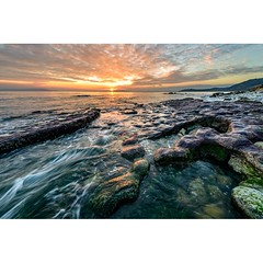 Osmington tonight (Chris Jones www.chrisjonesphotographer.uk) Tags: colour coastal rocks sunset coast coastline jurassic ocean sea seascape photographer jones chris uk england west south dorset portland weymouth bay osmington