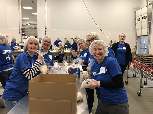 "Nordstrom and Washington Shoe Company help feed Seattle. • <a style=""font-size:0.8em;"" href=""http://www.flickr.com/photos/45709694@N06/46818750474/"" target=""_blank"">View on Flickr</a>"