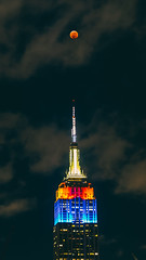 Empire State Building & the Super Blood Wolf Moon (masemase) Tags: winter astrophotography blood moon canon city east coast landscape lunar eclipse manhattan new york nyc sony a7riii alpha spring street photography urban empire state building esb architecture skyscraper cityscape exterior bloodmoon eastcoast lunareclipse newyork newyorkcity sonya7riii sonyalpha streetphotography