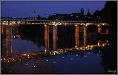 Puente de Hierro (Logroño, La Rioja, España, 22-9-2009) (Juanje Orío) Tags: logroño 2009 larioja provinciadelarioja españa espagne espanha espanya spain europa europe europeanunion puente bridge agua water río river ebro reflejo reflection horaazul bluehour