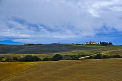 Tuscan countryside (Blizzard 70) Tags: 2018 campagna esterno paesaggio toscana