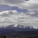 P4140003-Pike's Peak on a beautiful day thumbnail