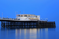 2018_05_06_0250 (EJ Bergin) Tags: sussex westsussex landscape worthing sunset beach sea seaside worthingpier seafront bluehour