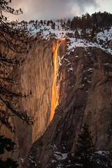 Horsetail Falls Yosemite (Eric Zumstein) Tags: horsetailfalls yosemite yosemitenationalpark california unitedstatesofamerica us firefall