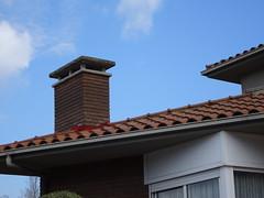 OLOT   Garrotxa (visol) Tags: chimneys chimeneas cheminées camino chamine catalunya catalogne catalonia cataluña chimney camini xemeneies xemeneie barbacana tximinia girona